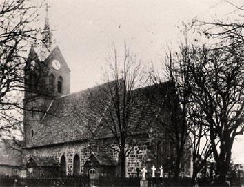 Mallnower Dorfkirche 1945 (Postkarte)